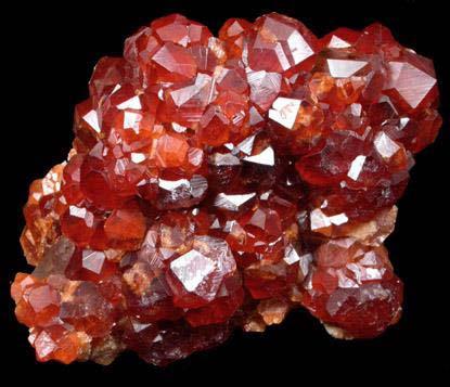 1.石榴石晶簇.jpg