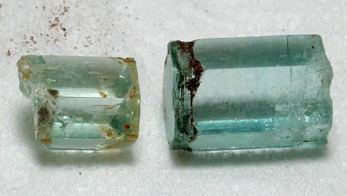 2. 海藍寶石原石 (六方柱形).jpg