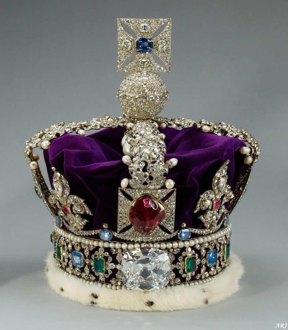 1.2 被鑲在皇家帝國皇冠上的「非洲之星2號」.jpg
